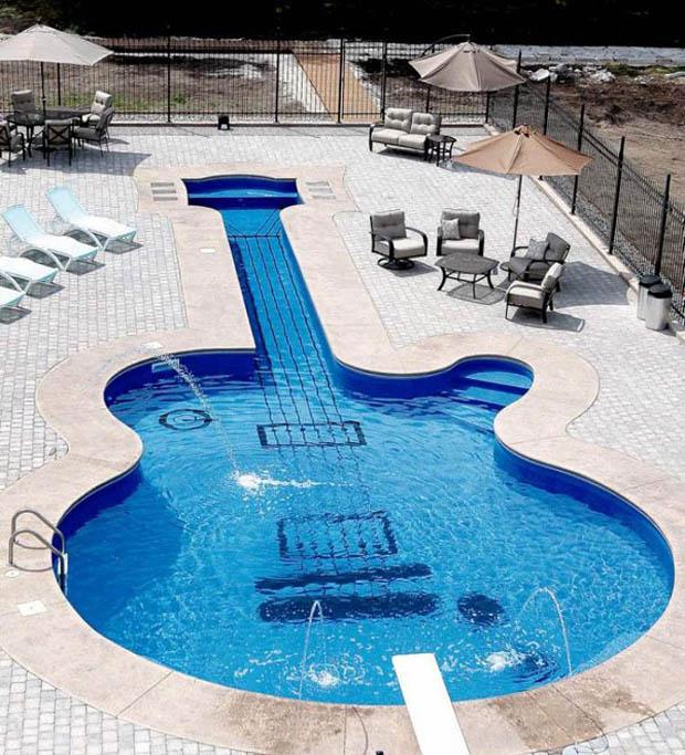 guitar-swimming-pool