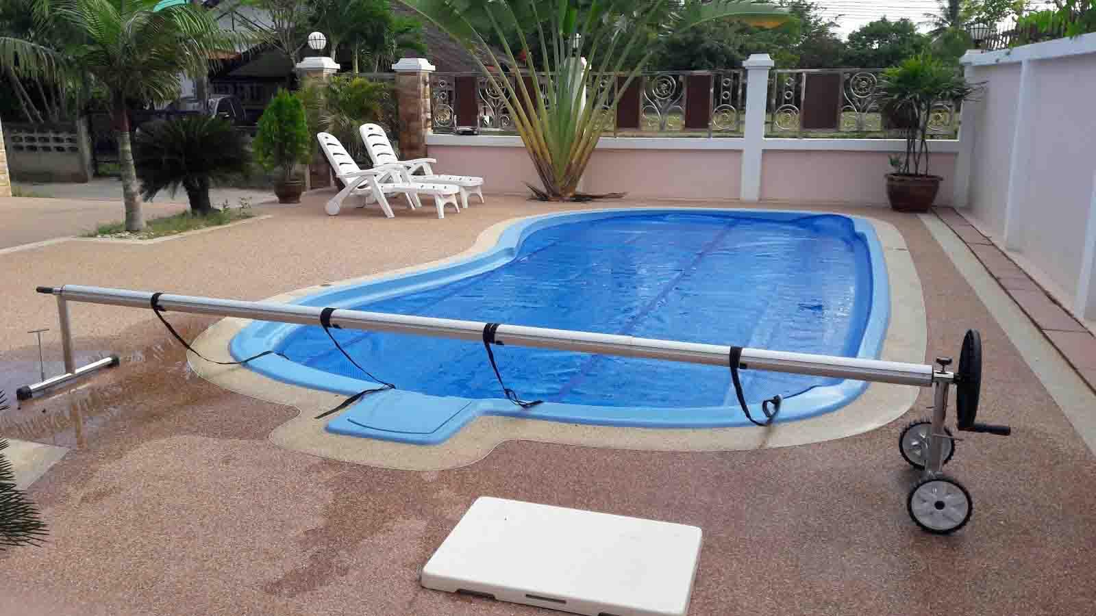 swimming-pool-show